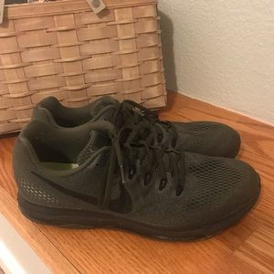 Nike Men's Zoom Running Sneakers, Size 10.5